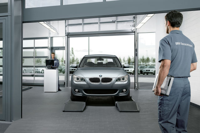 BMW-lisävarusteet ja -brändituotteet