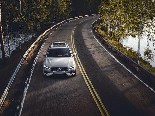 Volvo Edition – turvattu saatavuus ja kattava varustelu