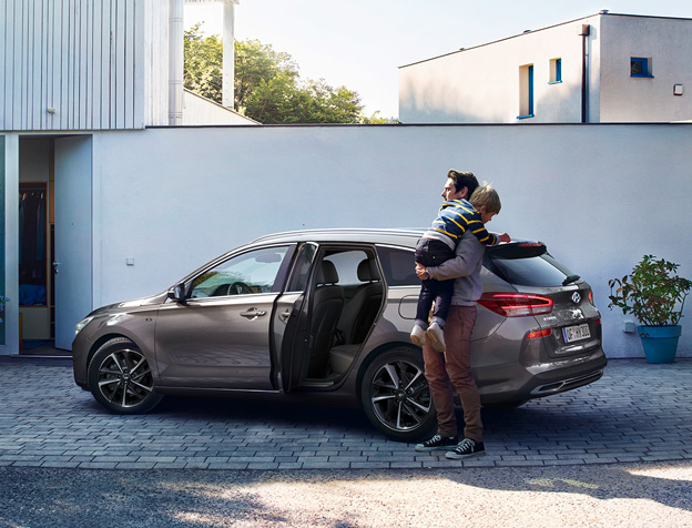 Uusi Hyundai i30: Navi Pack -50%